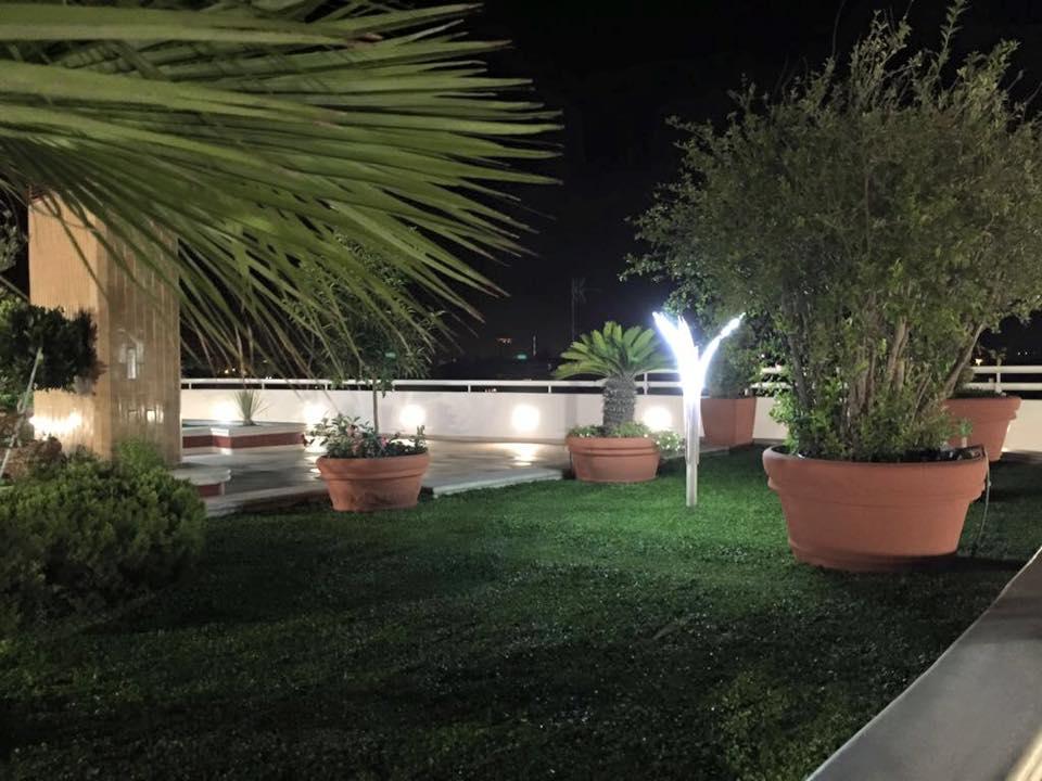 Lampade da giardino a led minimalism iii for Illuminazione led casa esterno
