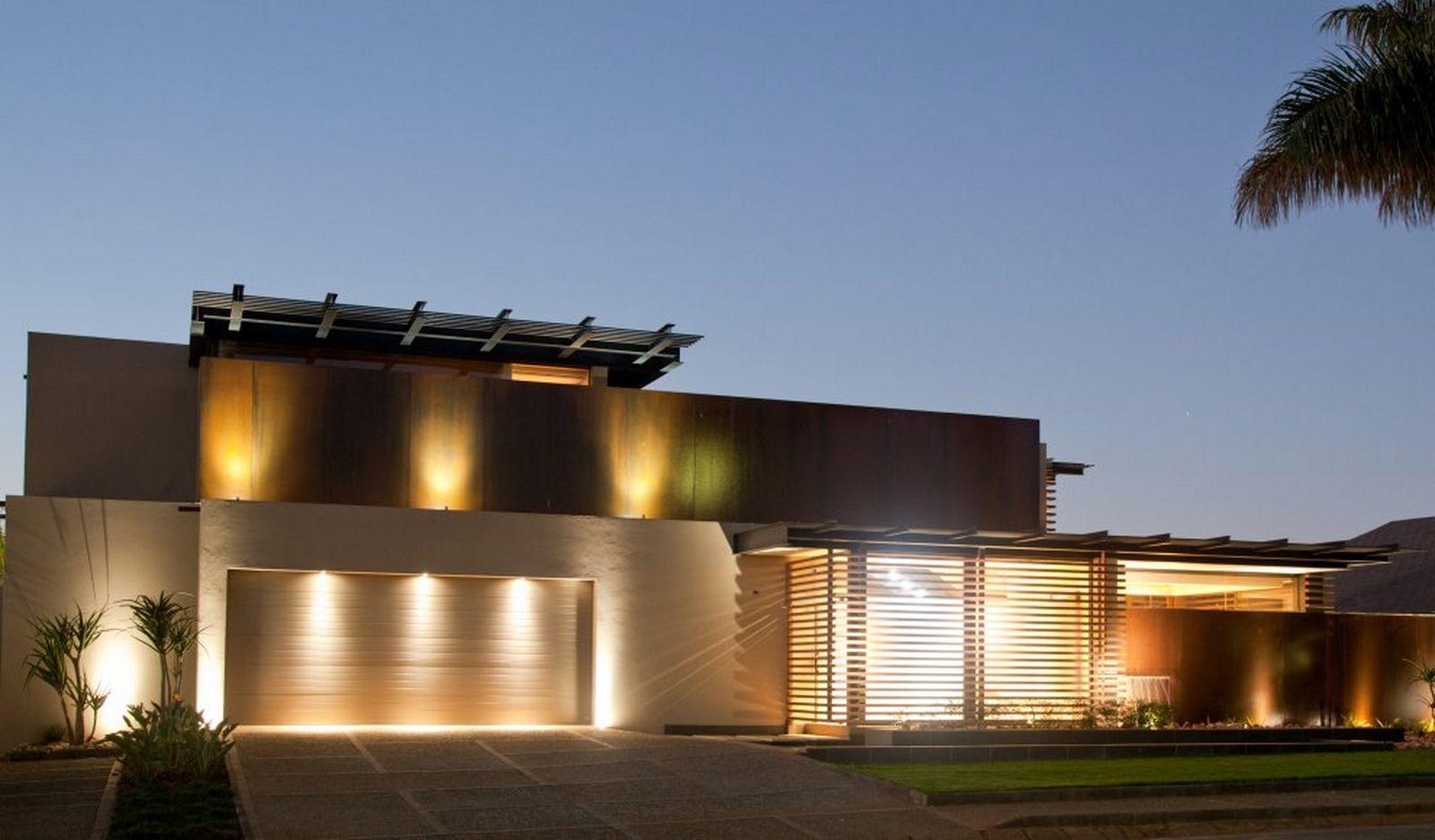 illuminazione esterna villa contemporanea di design