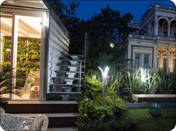 Coordinato applique lampade e lampioncini led da giardino