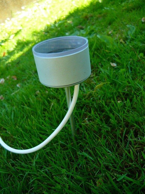 Faretto da giardino con picchetto a led illuminazione for Faretti per esterno