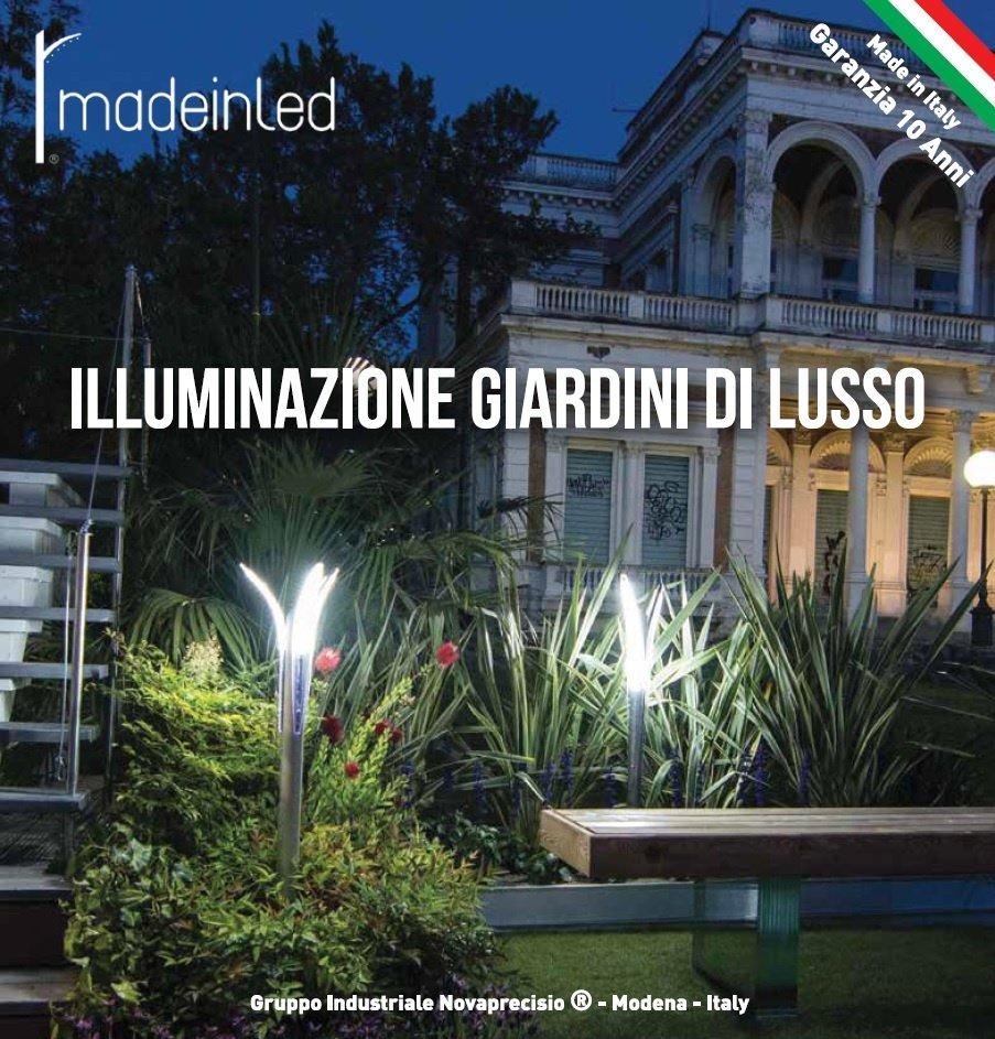 Illuminazione giardino a luci led da esterno di design for Esterno ville foto